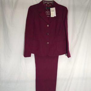 Dana Buchman Pant Suit NWT Size 14P
